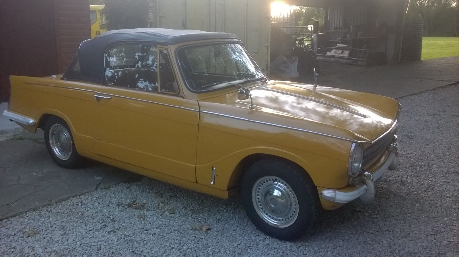 1971 TRIUMPH HERALD CONVERTIBLE SOLD (picture 1 of 6)