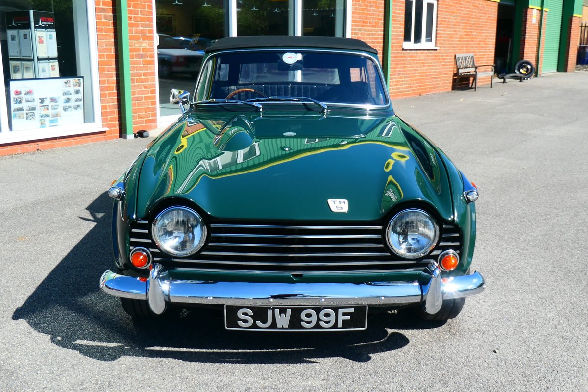 1968 Beautiful Triumph TR5 2.5PI in British Racing Green For Sale (picture 3 of 6)