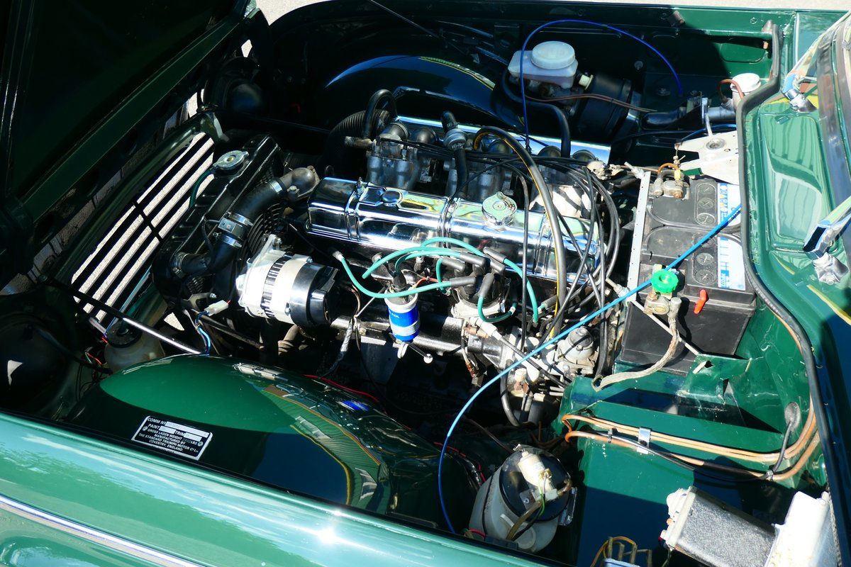 1968 Beautiful Triumph TR5 2.5PI in British Racing Green For Sale (picture 5 of 6)