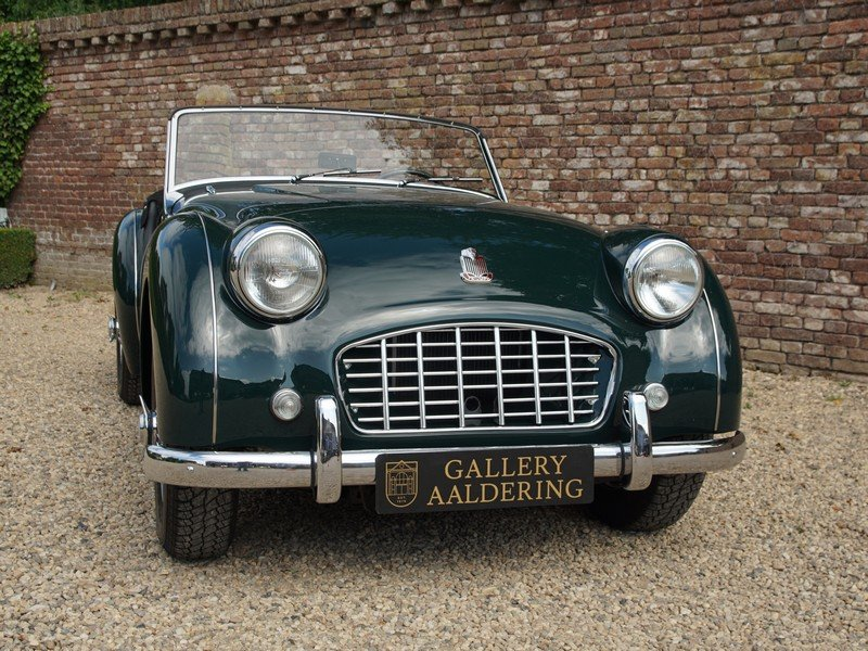 1957 Triumph TR3 Small-Mouth Bare-Metal restored, TOP condition,  For Sale (picture 5 of 6)
