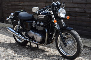 Triumph Thruxton 900 EFi (2 owners, 8800 miles) 2013 13 Reg For Sale