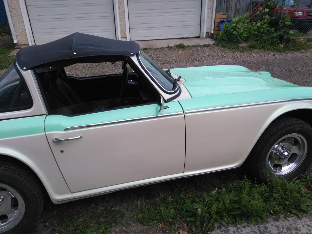 1968 Triumph tr250 Total body-off restoration. For Sale (picture 3 of 6)