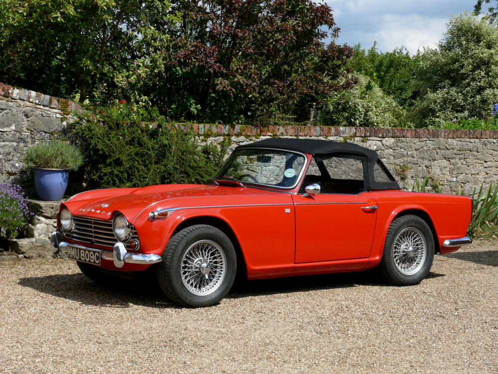 1965 Triumph TR4a IRS For Sale (picture 1 of 6)