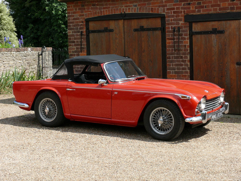 1965 Triumph TR4a IRS For Sale (picture 4 of 6)