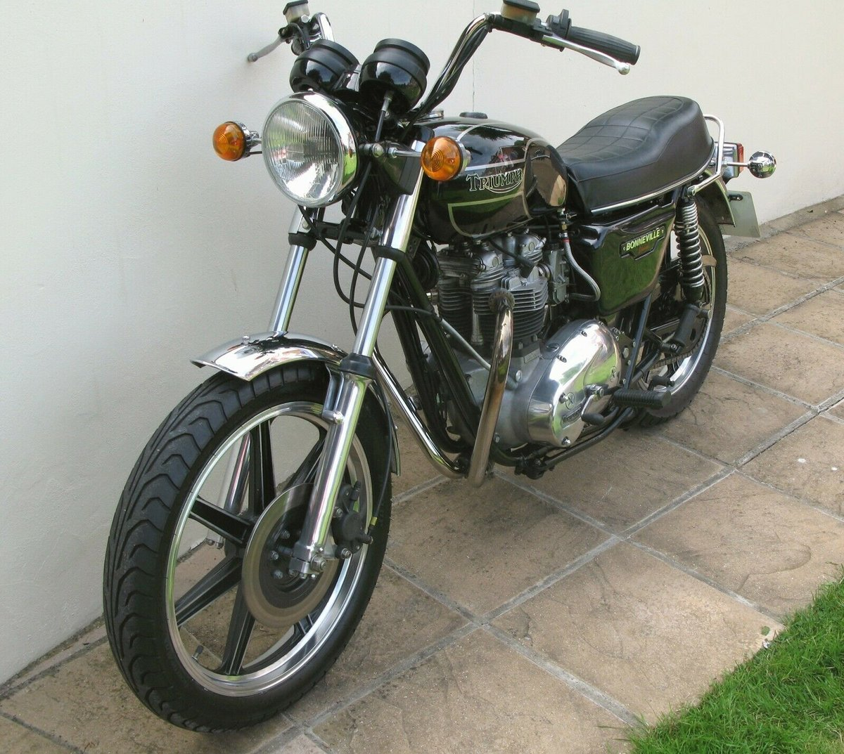 1979 TRIUMPH T140D SUPERB For Sale (picture 2 of 6)