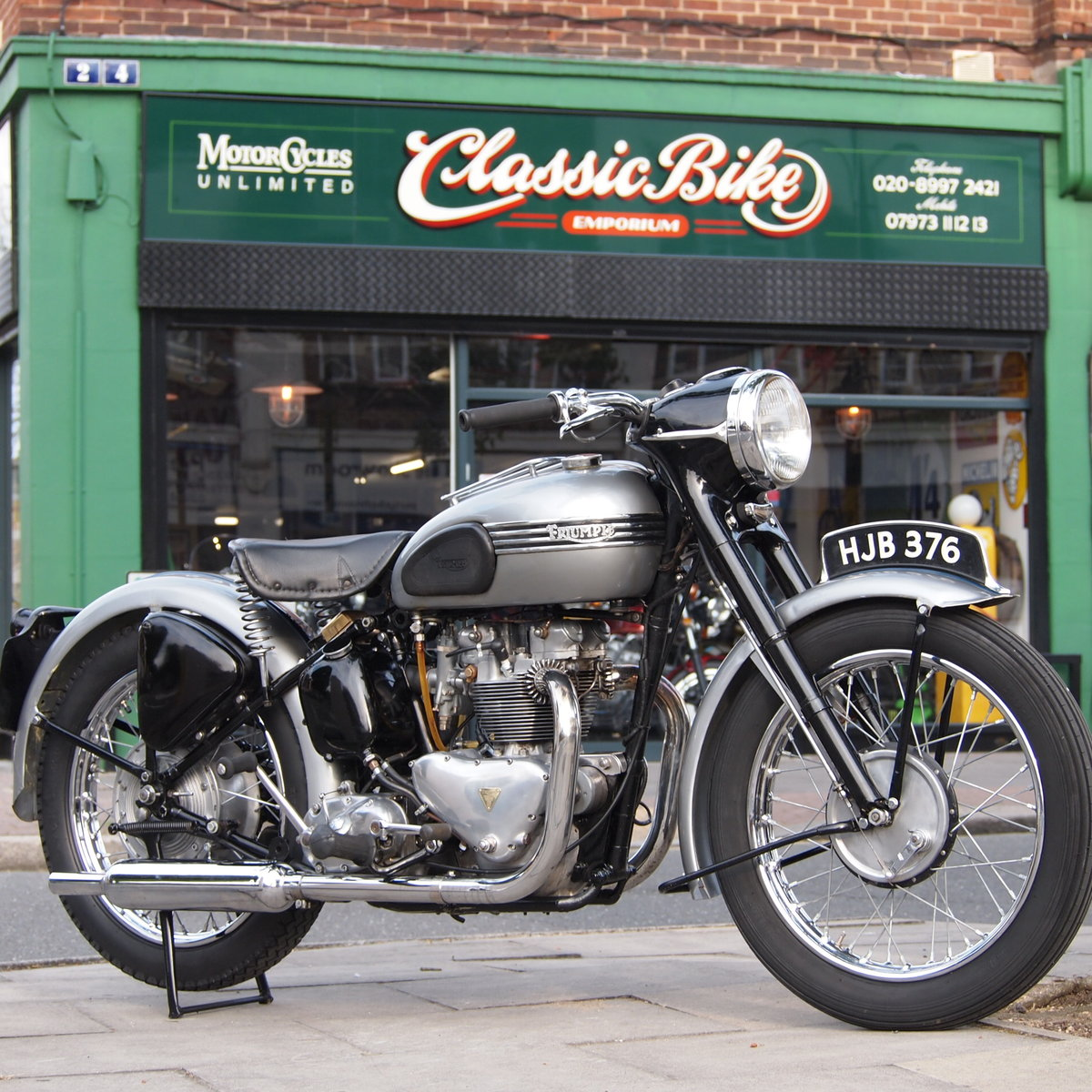 1952 T100 Tiger 499cc Sprung Hub, RESERVED FOR ANDREW. SOLD (picture 1 of 6)