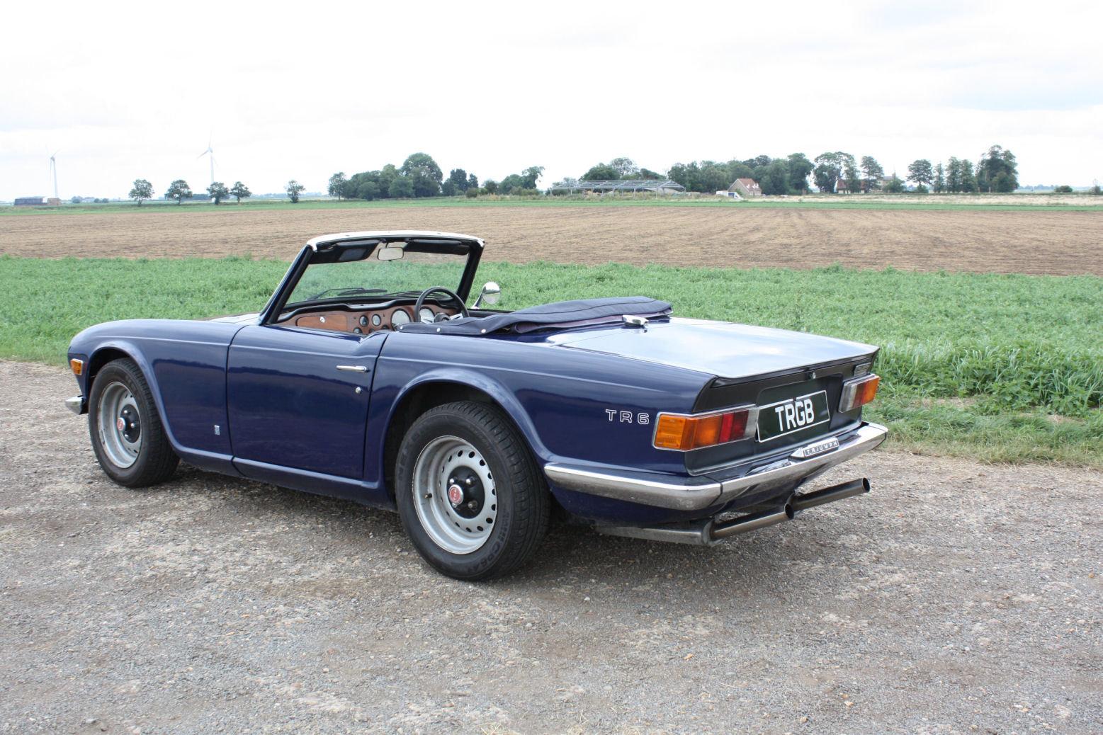 1972 TRIUMPH TR6 ORIGINAL 150BHP UK CAR IN BLUE SOLD (picture 5 of 6)