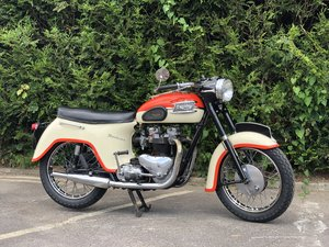 1961 Pre-Unit Triumph 6T Thunderbird 650cc Rare Bath Tub  For Sale