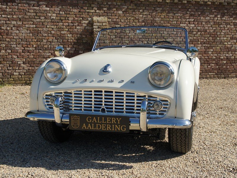 1957 Triumph TR3A Bare-Metal /Body-Off restored, only 5300 miles  For Sale (picture 5 of 6)