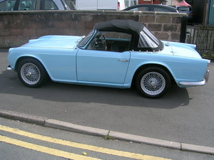 Freshly Restored 1962 Triumph TR4 For Sale