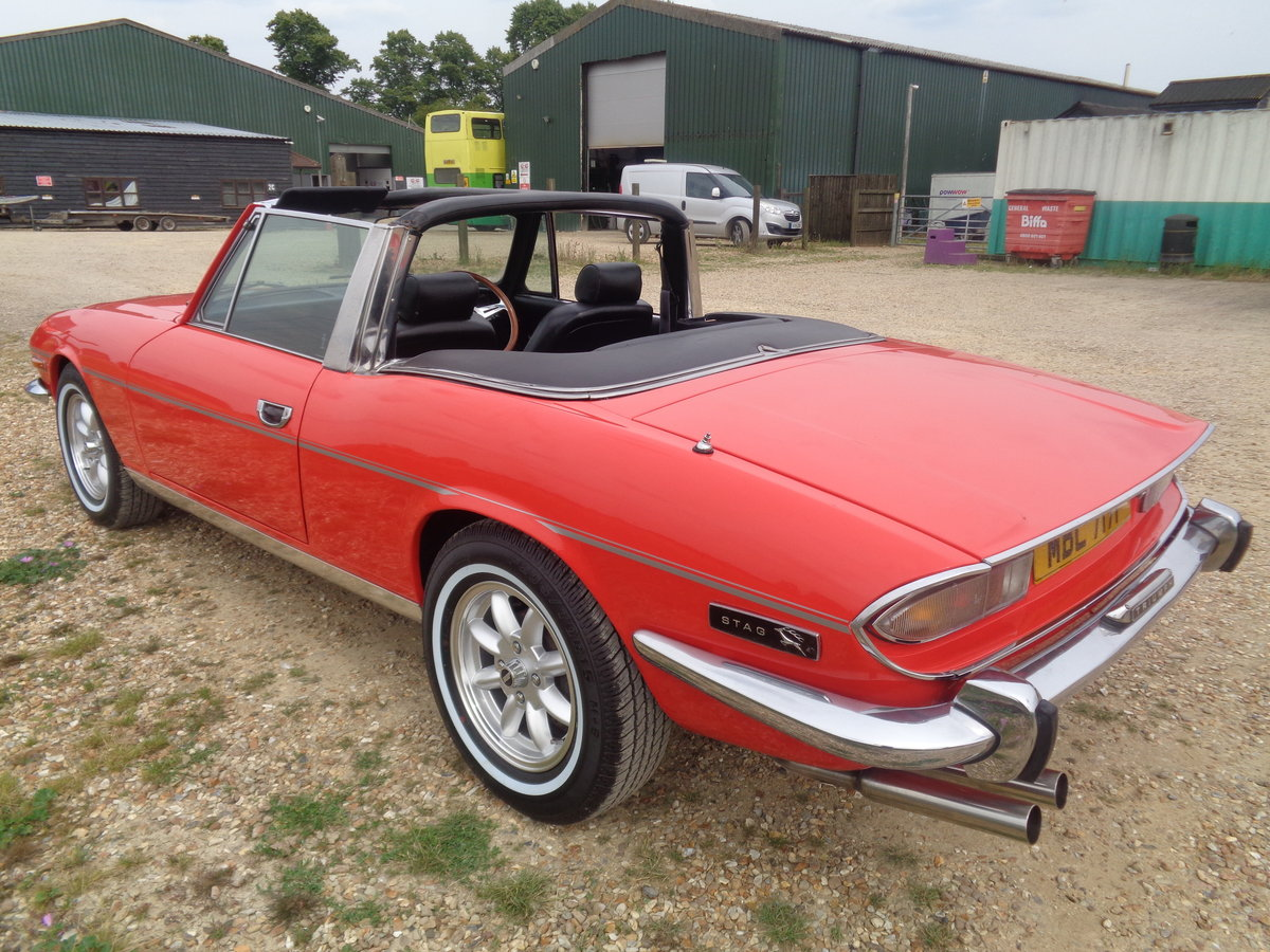 1976 Triumph stag automatic just had £6500 pro respray  For Sale (picture 2 of 6)