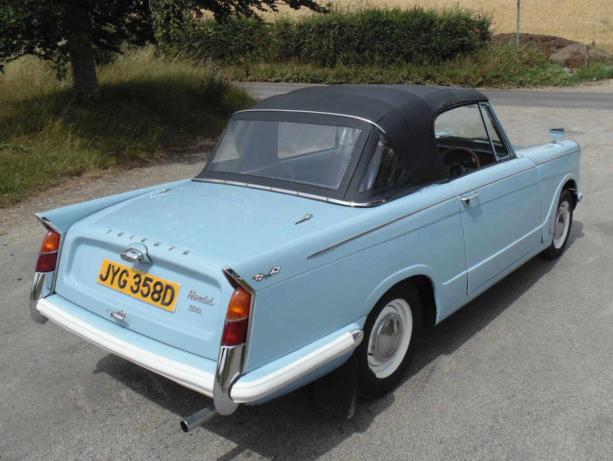 1966 Triumph Herald 1200 Convertible SOLD (picture 3 of 6)