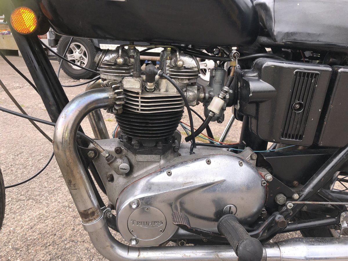 1971 Triumph TR6 650 cc Tiger SOLD (picture 4 of 6)