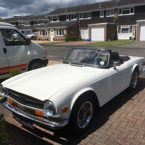 1969 Triumph TR6 CP White For Sale