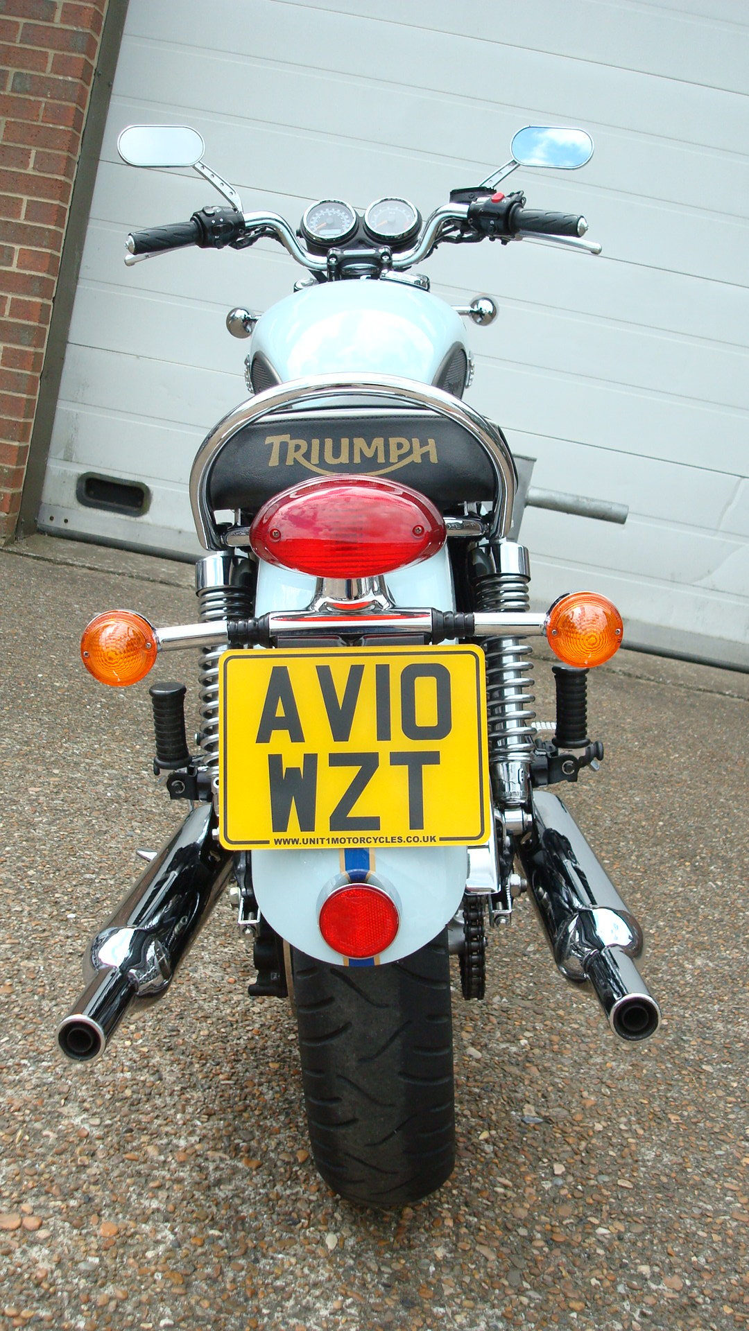 Triumph BONNEVILLE T100 SIXTY 1960 2010-10 **LOW MILES** SOLD (picture 5 of 6)
