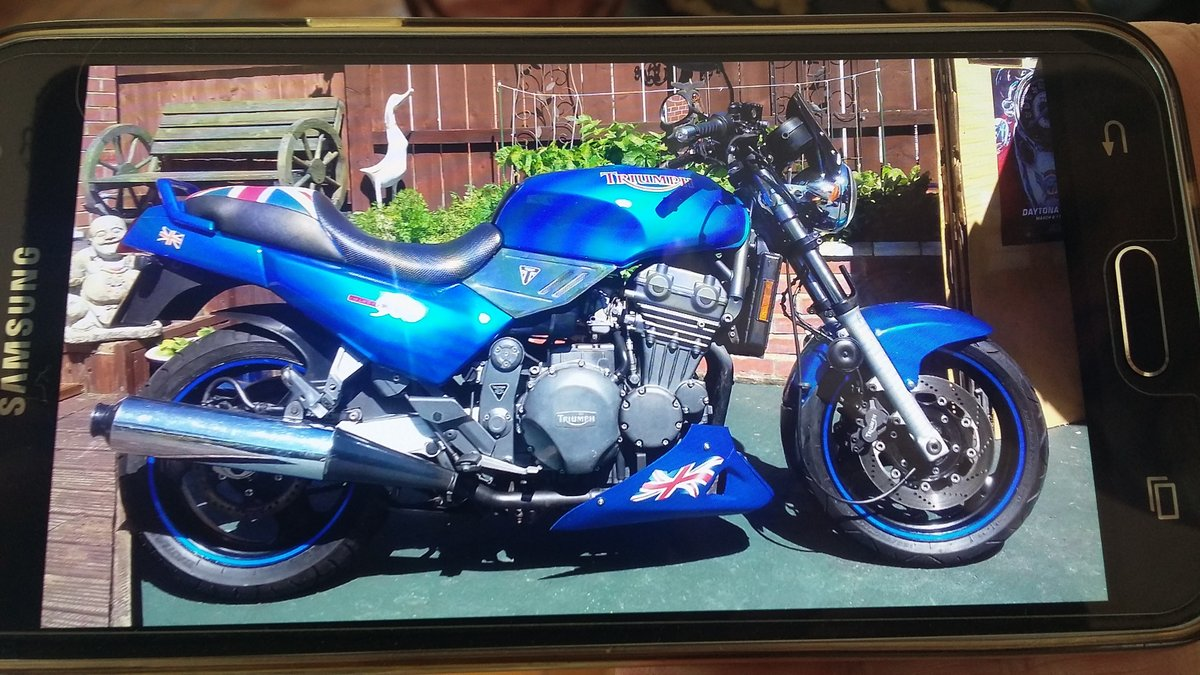 1993 Triumph trident 900 For Sale (picture 1 of 3)