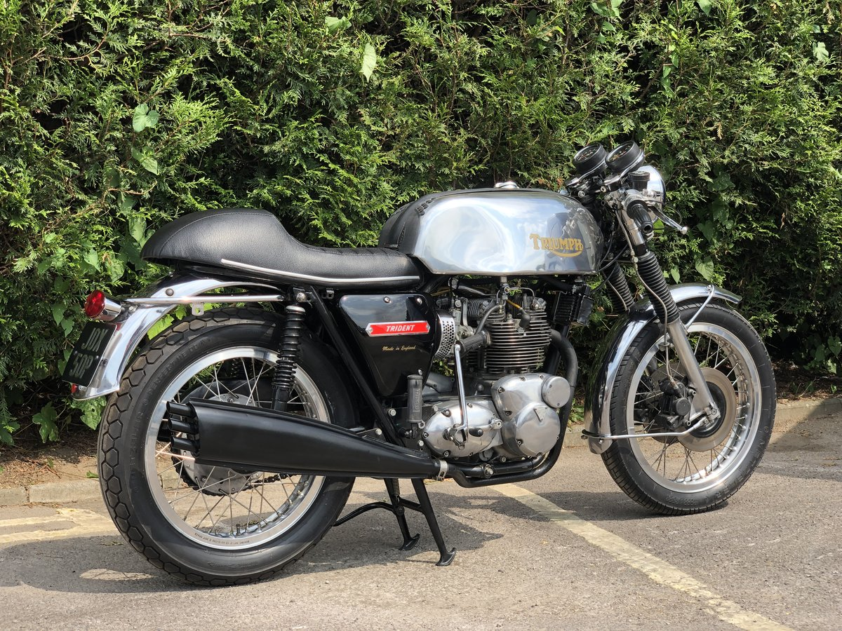 Awesome 1975 Triumph Trident T150 750cc Cafe Racer!!! For Sale (picture 2 of 6)