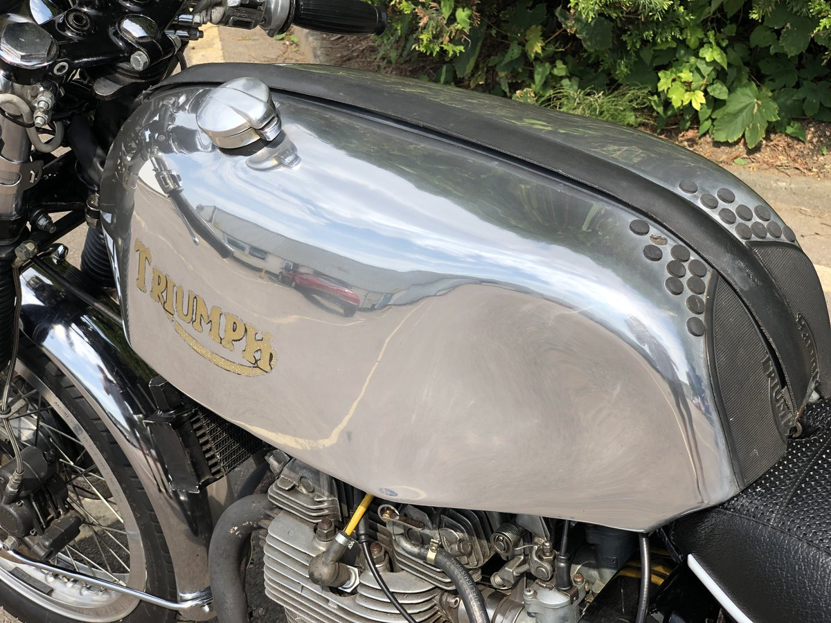 Awesome 1975 Triumph Trident T150 750cc Cafe Racer!!! For Sale (picture 6 of 6)