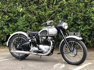 1949 Triumph T100 500cc Stunning Condition!! SOLD