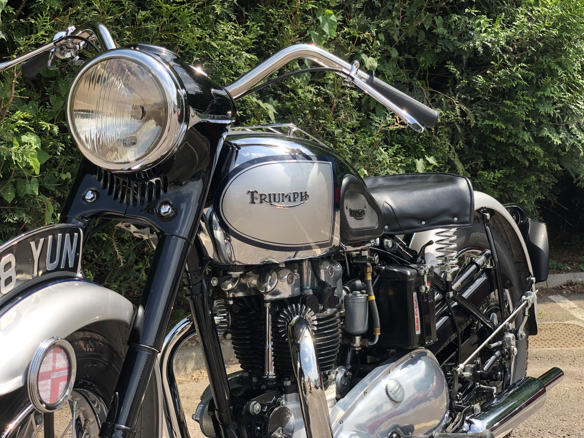 1949 Triumph T100 500cc Stunning Condition!! SOLD (picture 4 of 6)