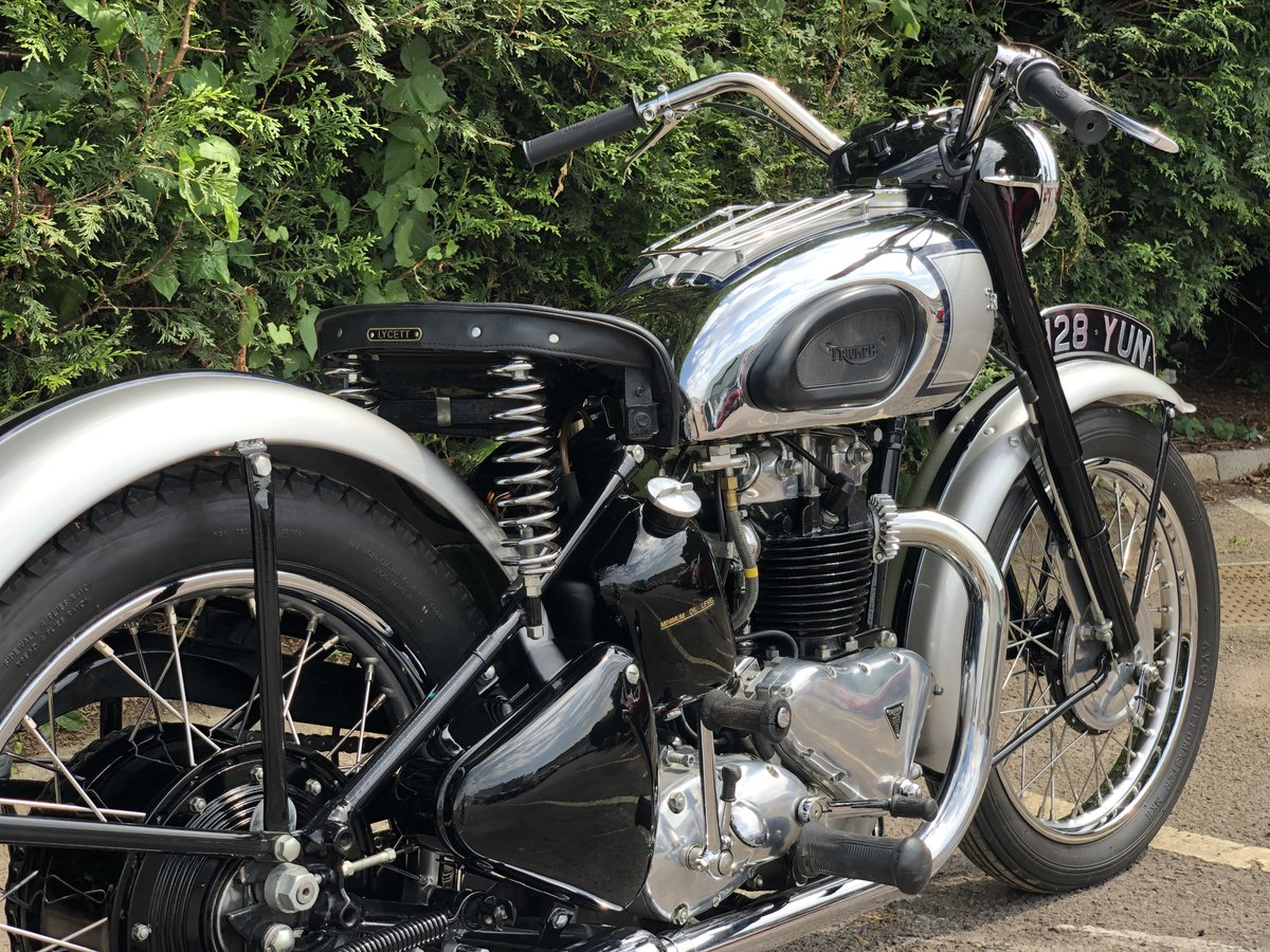 1949 Triumph T100 500cc Stunning Condition!! SOLD (picture 5 of 6)