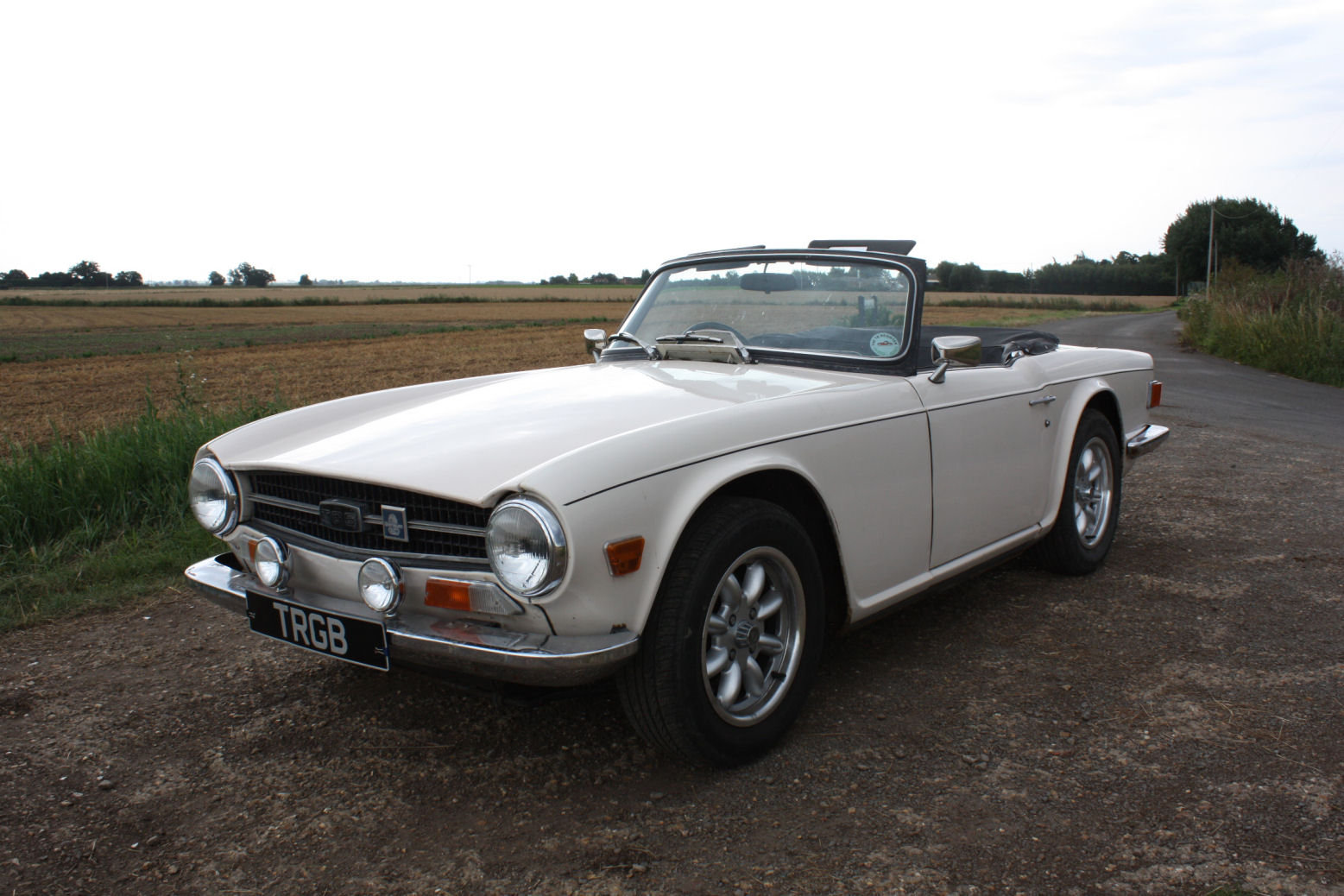 TR6 1972. ORIGINAL UK 150BHP CAR WITH OVERDRIVE SOLD (picture 1 of 6)