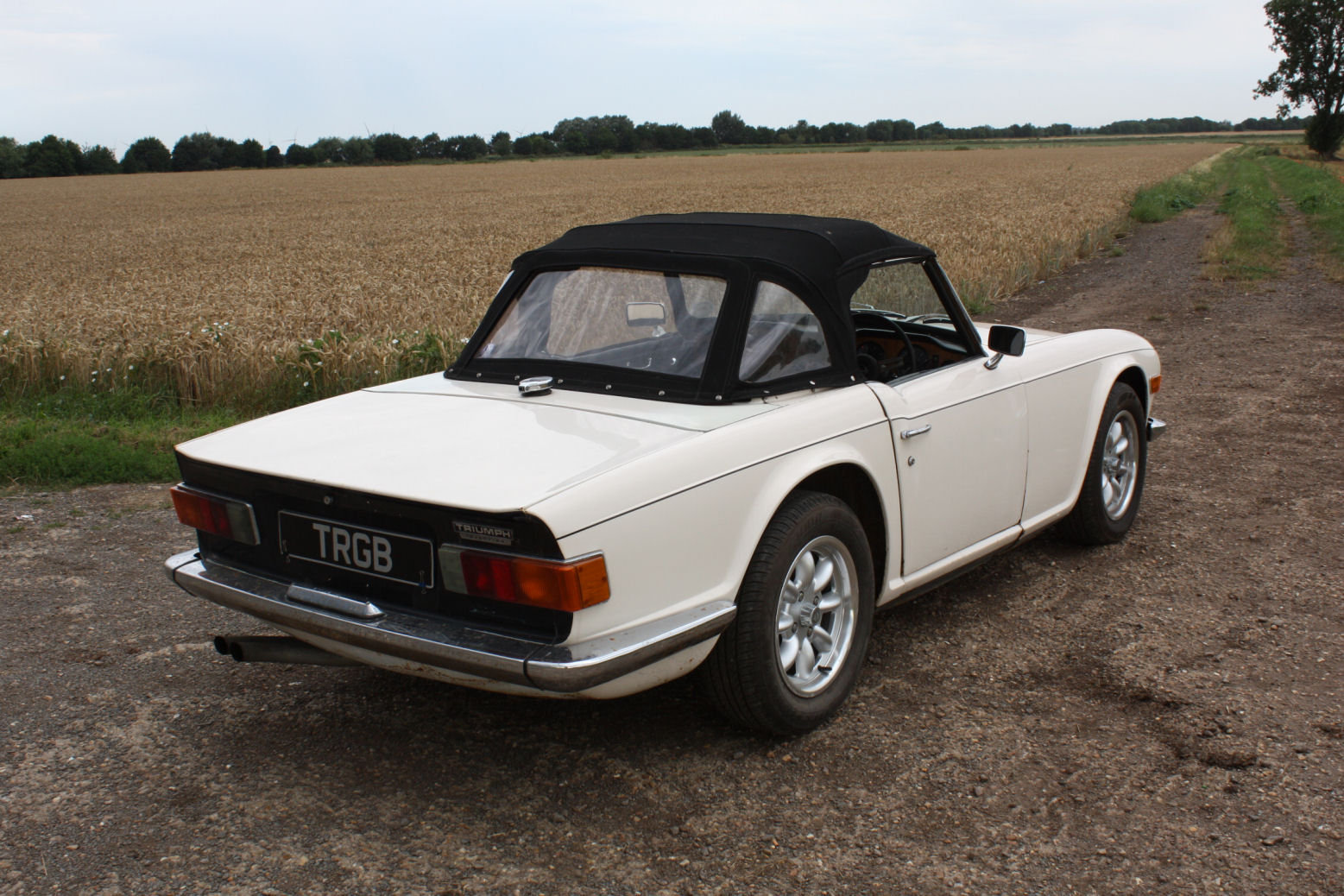 TR6 1972. ORIGINAL UK 150BHP CAR WITH OVERDRIVE SOLD (picture 5 of 6)
