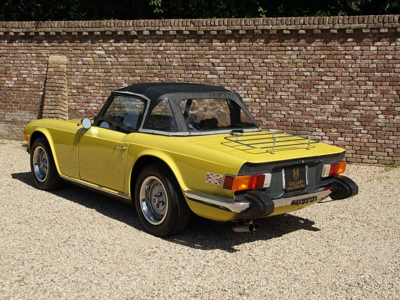 1975 Triumph TR6 matching numbers Mimosa yellow For Sale (picture 2 of 4)