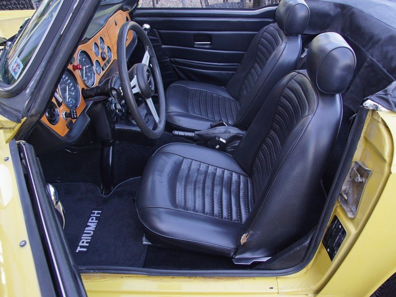 1975 Triumph TR6 matching numbers Mimosa yellow For Sale (picture 3 of 4)