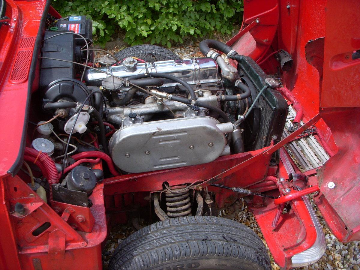 1969 Triumph Vitesse 2 Litre Mark II Convertible  For Sale (picture 2 of 3)