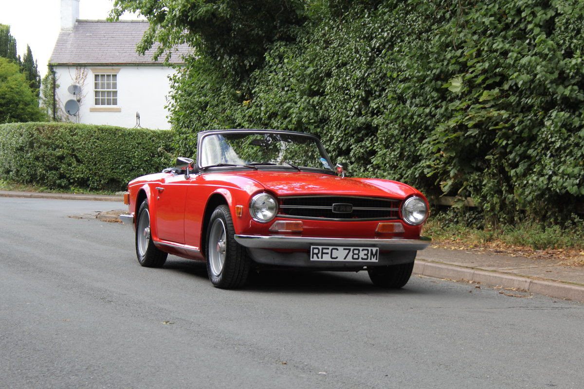 1974 Triumph TR6 PI - UK car, Overdrive, Engine rebuild For Sale (picture 1 of 19)