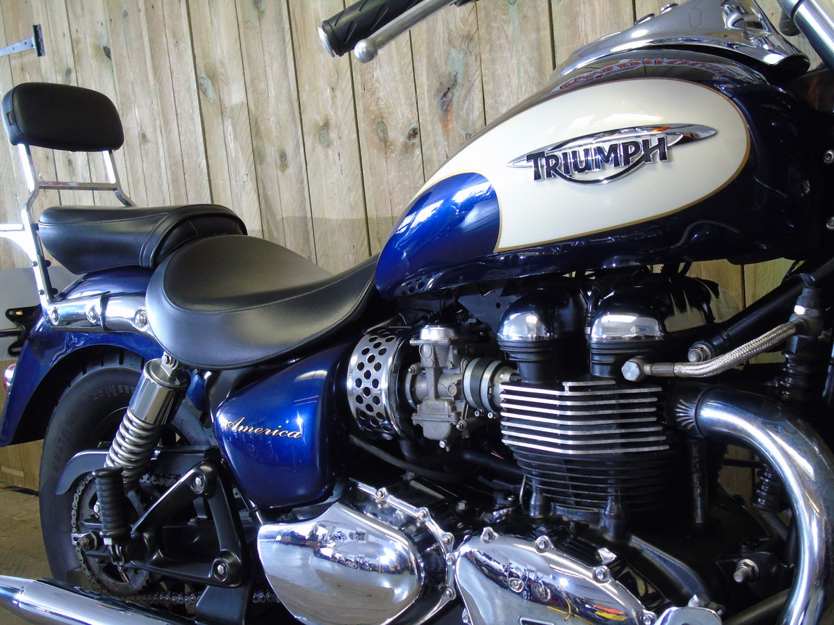 2011 Triumph Bonneville America Only 1100 Miles Service History For Sale (picture 4 of 6)