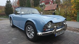 1964 Show winning TR4 restored & in superb condition! For Sale