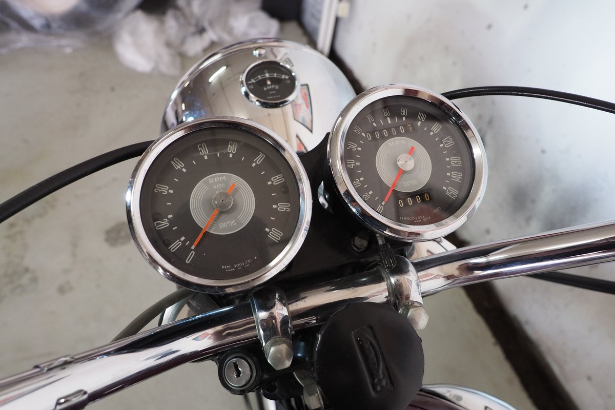 Fully Restored 1967 Triumph T120R Bonneville For Sale (picture 5 of 6)