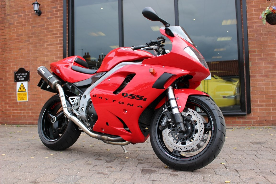 2002 Triumph 955i Daytona | Immaculate Condition  For Sale (picture 1 of 10)