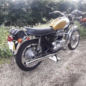 Triumph Bonneville T120V Superb restoration