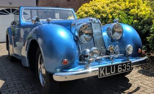 1949 Triumph Roadster 'Klute'  reluctantly