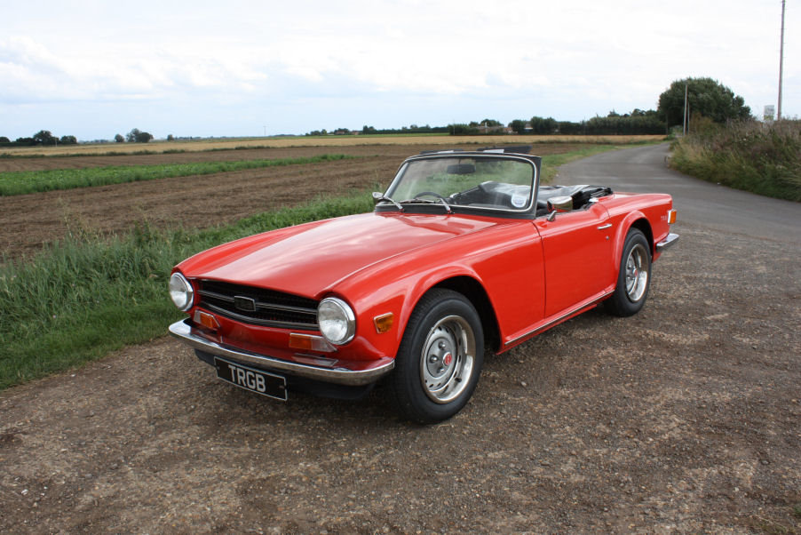1973 TRIUMPH TR6 ORIGINAL UK FUEL INJECTED RHD CAR WITH OVER For Sale (picture 1 of 6)