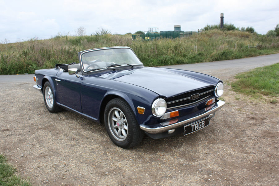 1974 TRIUMPH TR6 GENUINE UK RHD CAR WITH OVERDRIVE BLUE SOLD (picture 5 of 6)