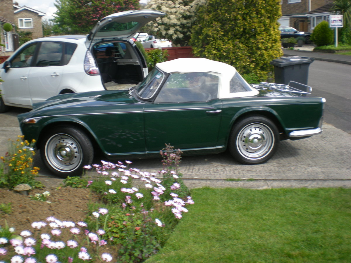 1966 Triumph TR4A IRS with overdrive. For Sale (picture 5 of 6)