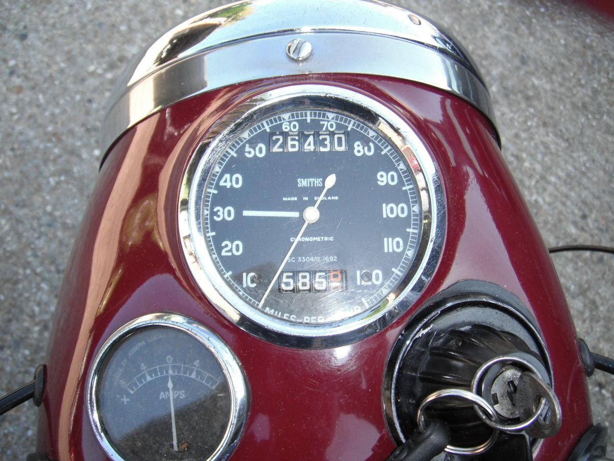 1963 Triumph Speed Twin  500 Bathtub  5TA SOLD (picture 3 of 6)