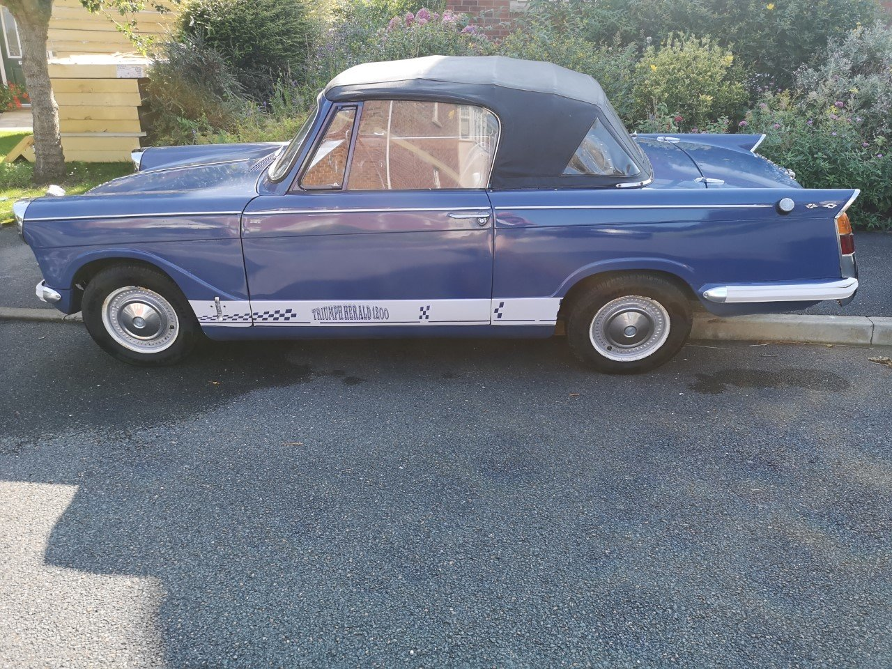 1961 Triumph Herald Convertible SOLD (picture 1 of 6)