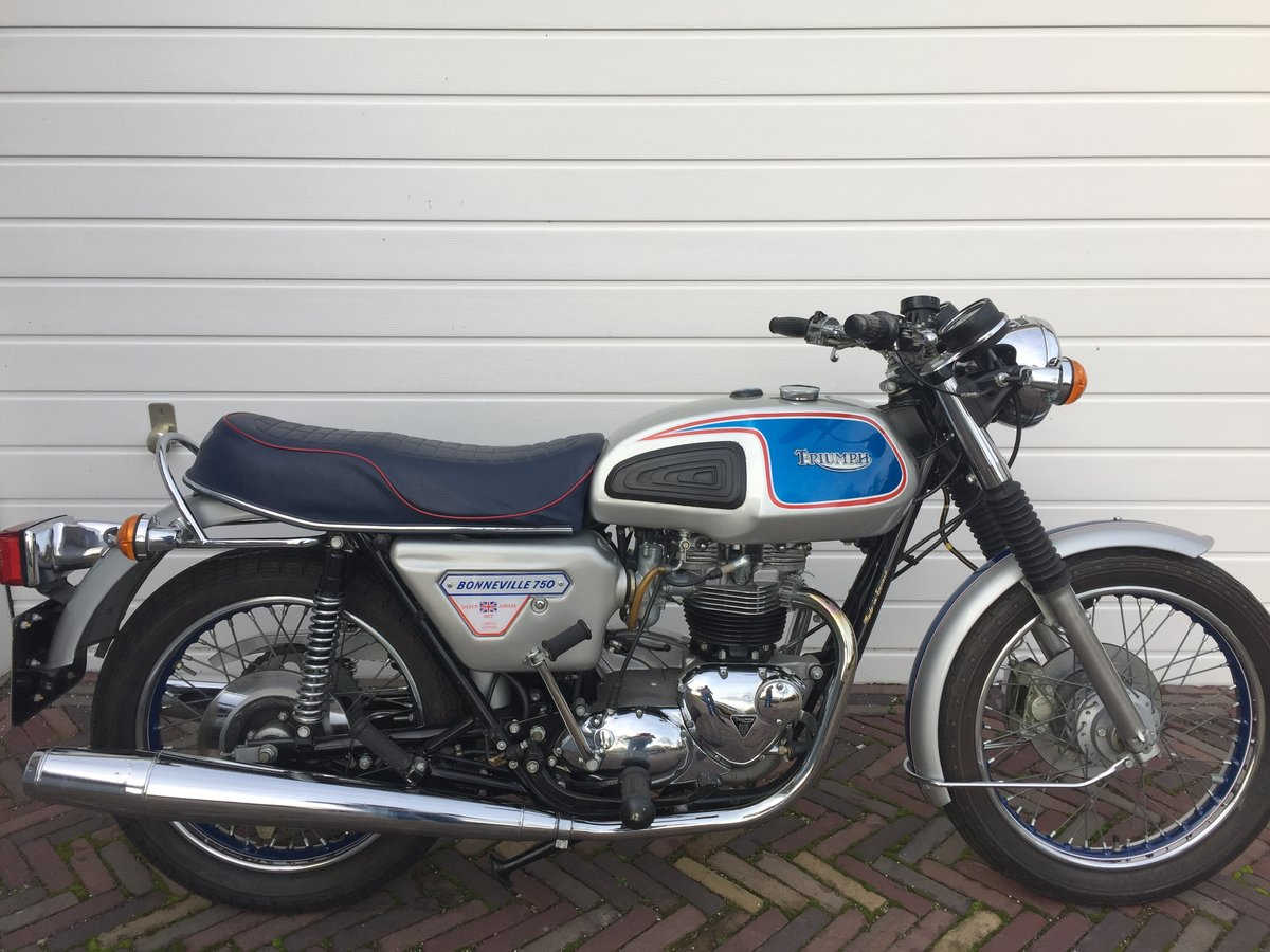 1977 Bonneville Silver Jubilee For Sale (picture 1 of 6)