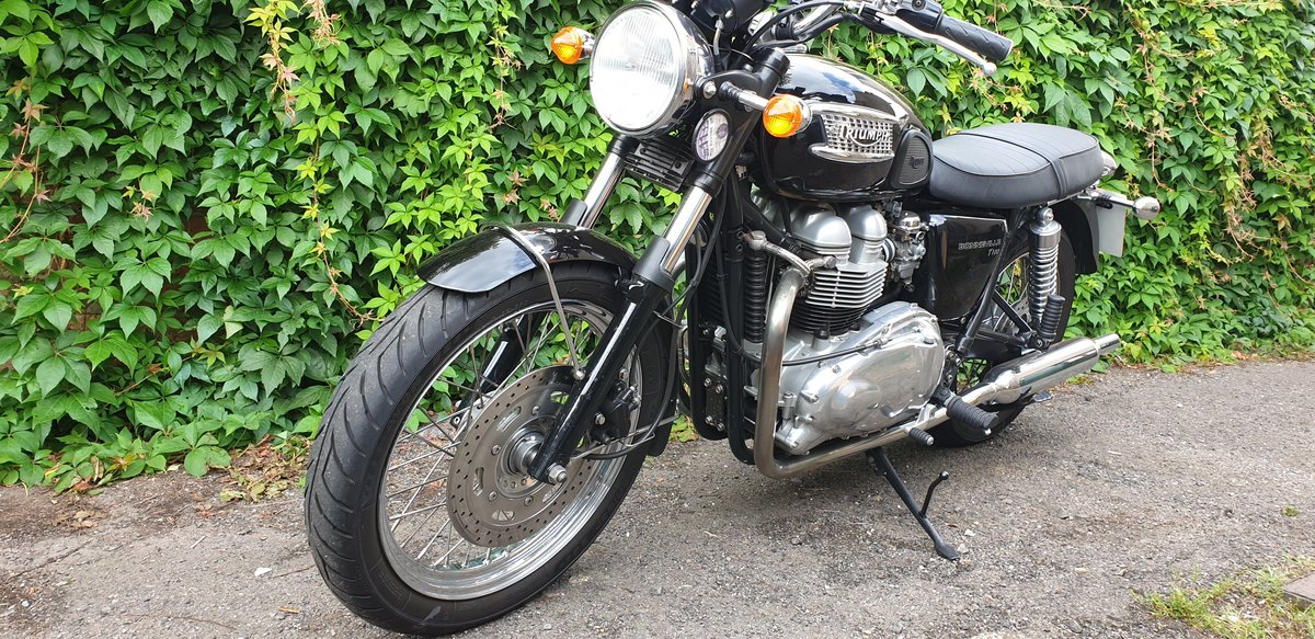 2003 Triumph Bonneville T1OO For Sale (picture 1 of 6)