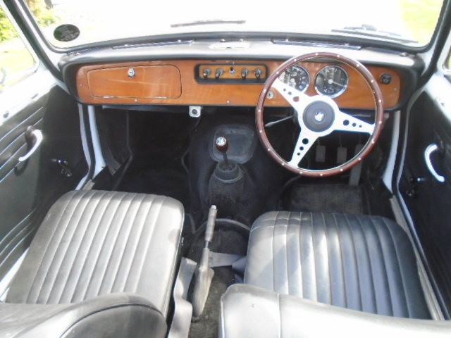 1970 Triumph Herald 13/60 Convertible.  For Sale (picture 5 of 6)