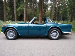 1967 Beautiful Triumph TR4A For Sale