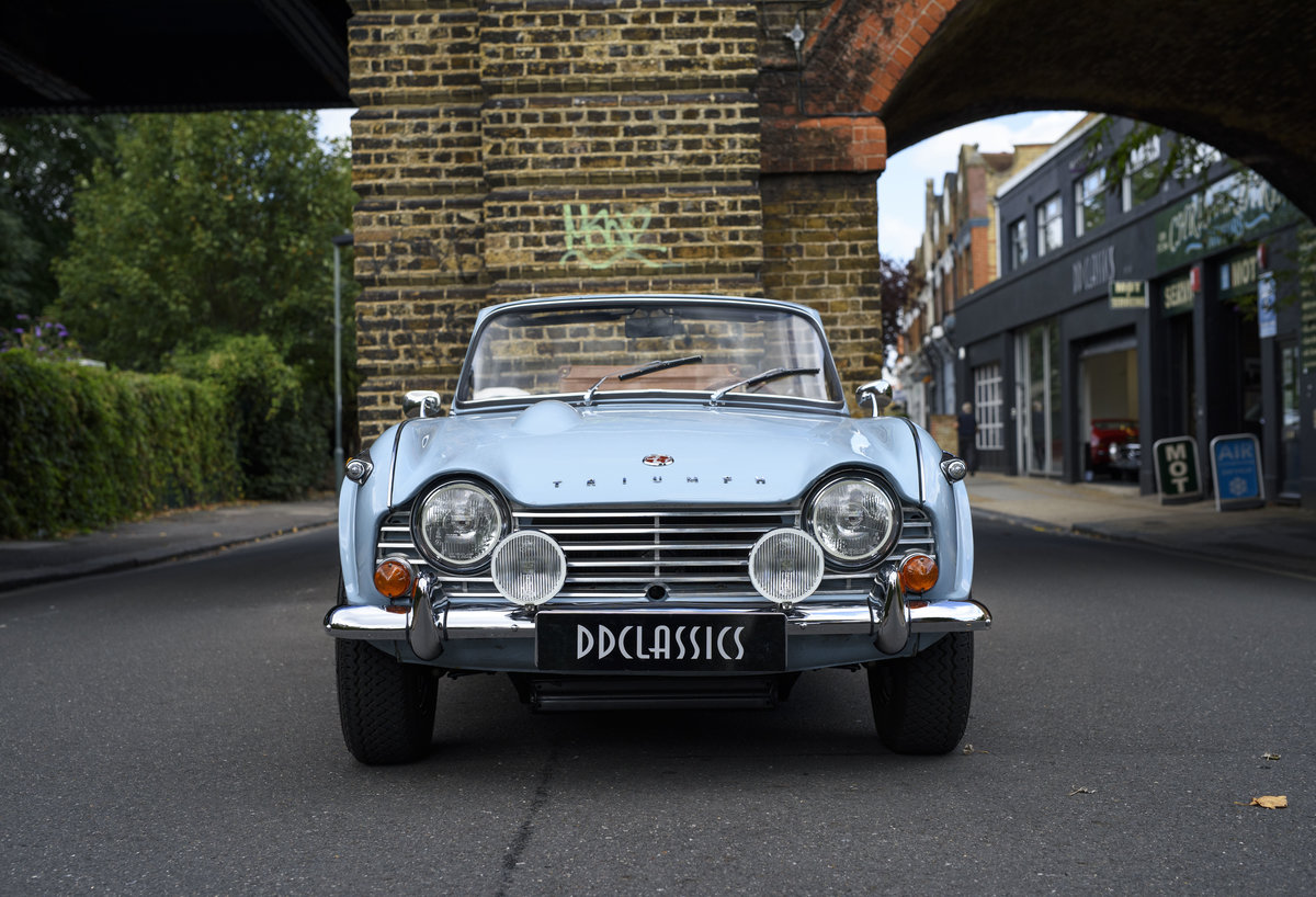 1966 Triumph TR4 Roadster For Sale In London (LHD) For Sale (picture 7 of 24)