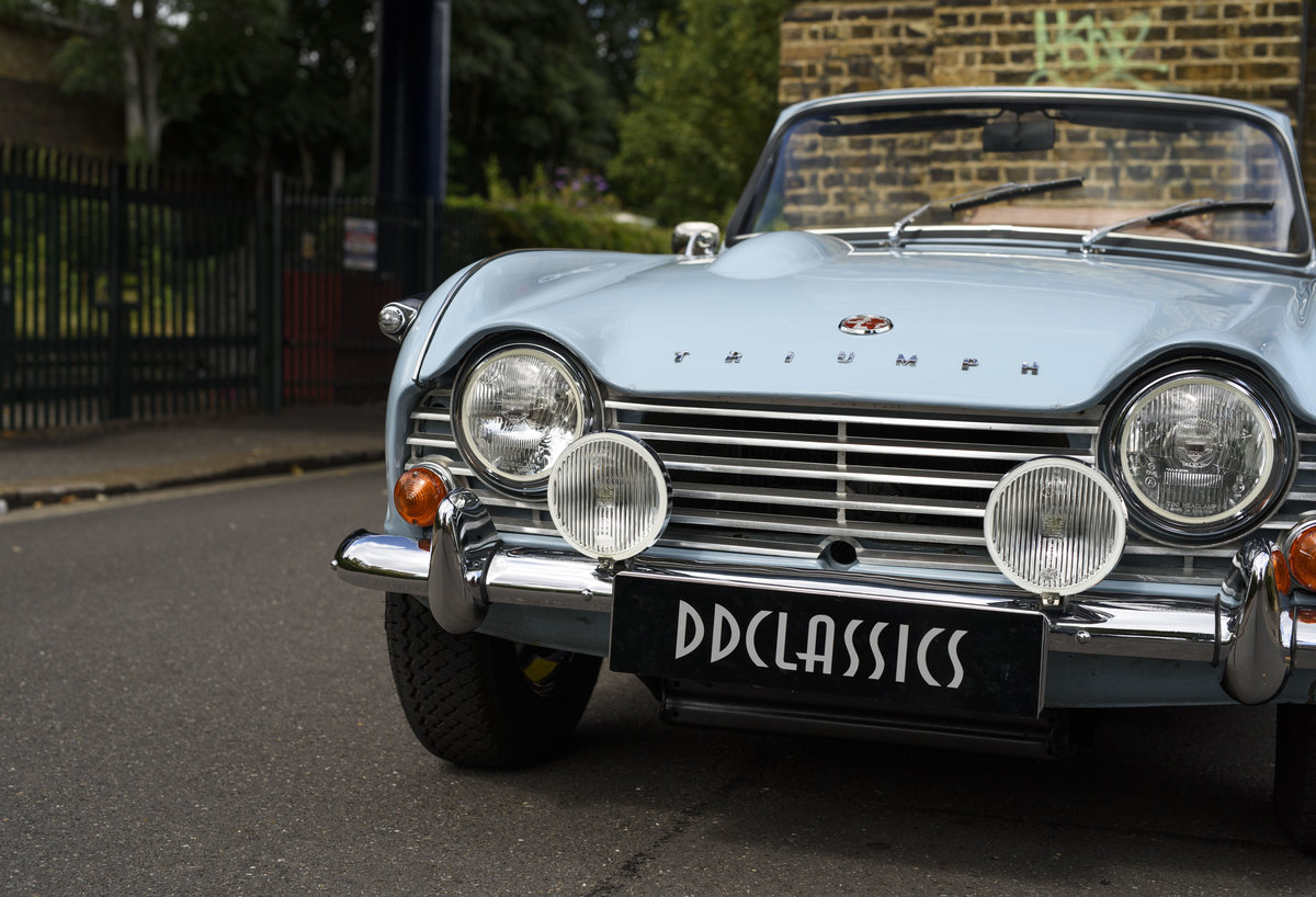 1966 Triumph TR4 Roadster For Sale In London (LHD) For Sale (picture 9 of 24)