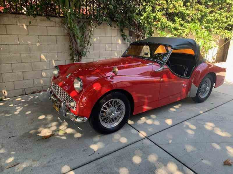1959 Triumph TR3 Roadster Convertible low 50k miles $42.5k For Sale (picture 1 of 6)