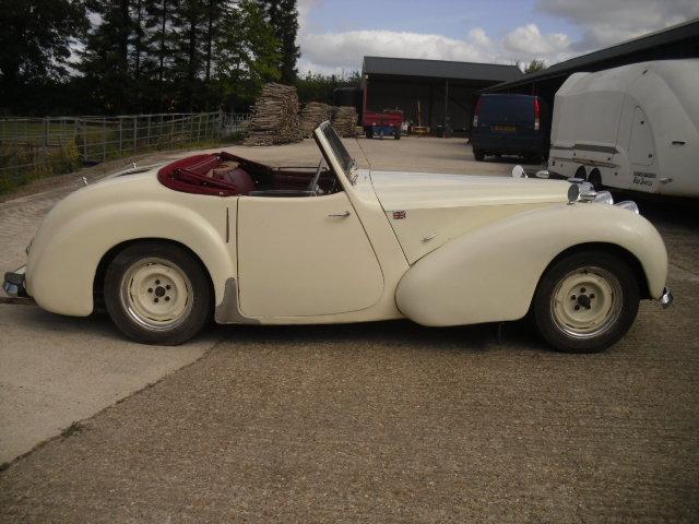 1949 TRIUMPH ROADSTER 2000CC For Sale (picture 2 of 5)